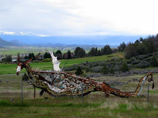"Yreka - Metal ""dragon"" at north end of town"