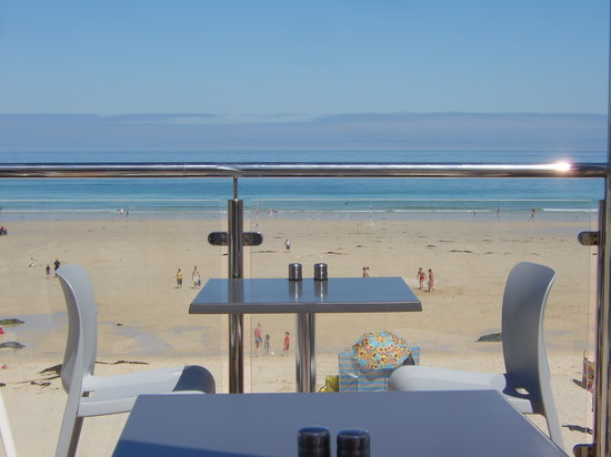 Porthmeor Cafe: Table with a view