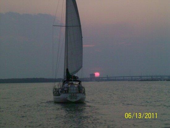 Sandlapper Water Tours: sunset