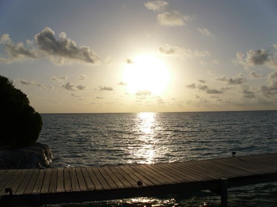 Cinnamon Hakuraa Huraa Maldives: A view from the bar