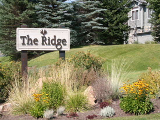 The Ridge at Elkhorn: Resort Quest Ridge Condos