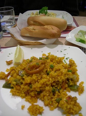 Cafe Gran Via: Paella