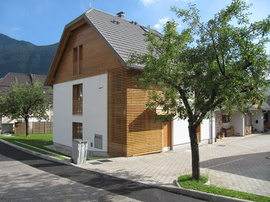 ‪Supermjau Apartmenst Bovec‬