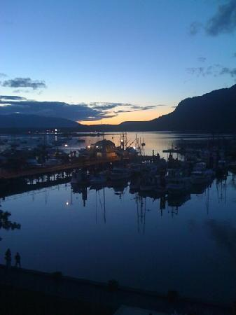 Oceanfront Suites at Cowichan Bay: View of Cowichan Bay from the fifth floor of the hotel