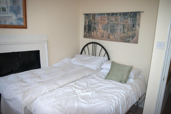 Beau Street Apartments: Second bedroom