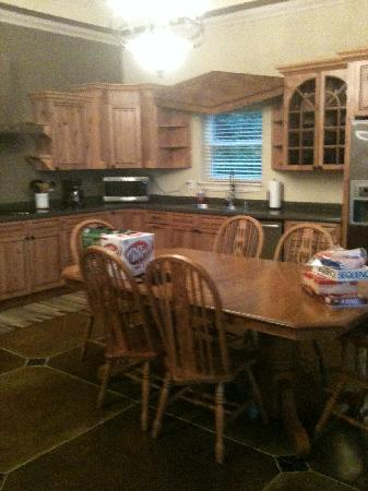 Candlewyck Cove Resort: Beautiful kitchen