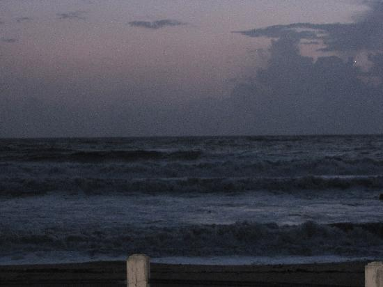 Mangalore, Índia: The beach at the night
