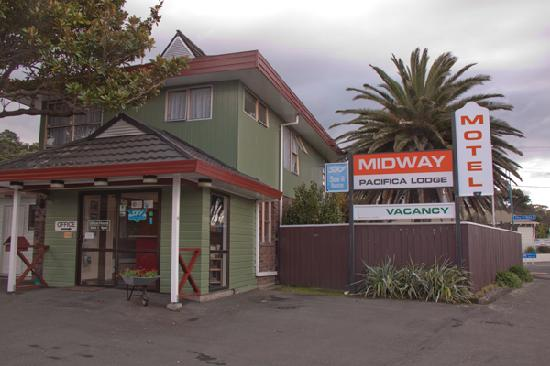 Midway Pacifica Lodge
