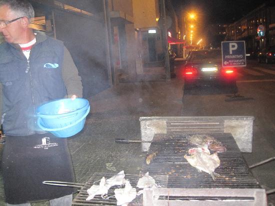 Matosinhos, Portugal : grillade de notre poisson