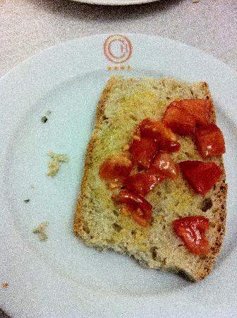 Caravaggio Hotel: Moldy Bread - YUCK!