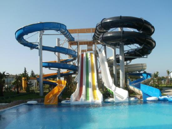 Sherwood Dreams Resort: The water slides (very fast)