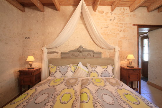Le Clos de la Garde : Sleeping room in Suite Eleonore