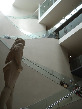 Ashmolean Museum of Art and Archaeology: exciting but confusing interior