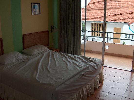 Peony Hotel: Room 309 at the Peony