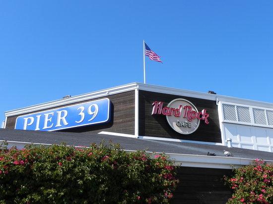 Hard Rock Cafe : SF HRC - Facade above the restaurant