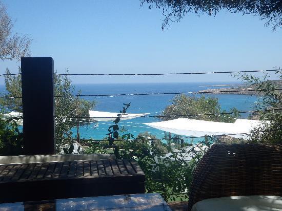 Grecian Park Hotel : Cliff bar view