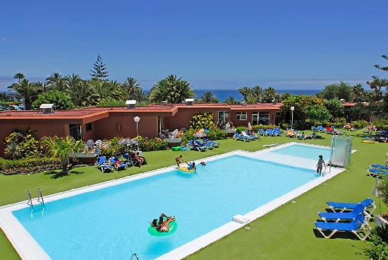 Piscina sur 2 photo de bungalows dona rosa playa del for Piscina playa del ingles