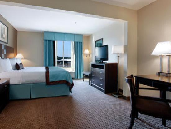Wingate by Wyndham Southport: Standard King Room