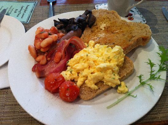 مارجريت ريفر بد آند بريكفاست: Breakfast