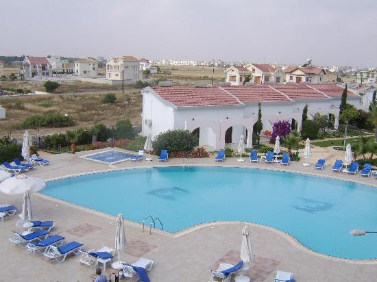 Crystal Rocks Bungalows Famagusta Condominium Reviews