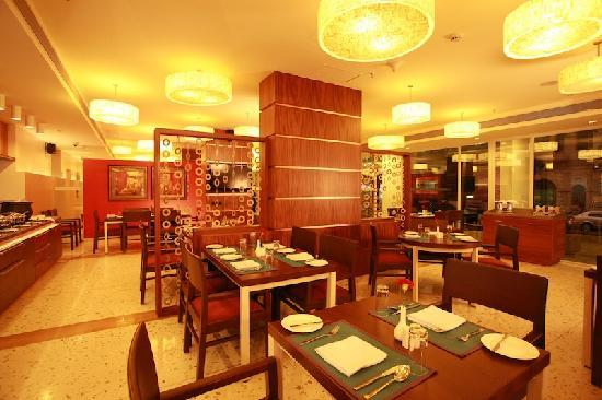 Vasco da Gama, India: Grapevine (The lobby restaurant)