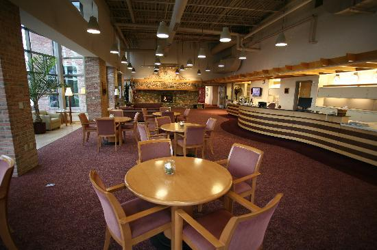 Prince Conference Center at Calvin College: Lobby & Front Desk