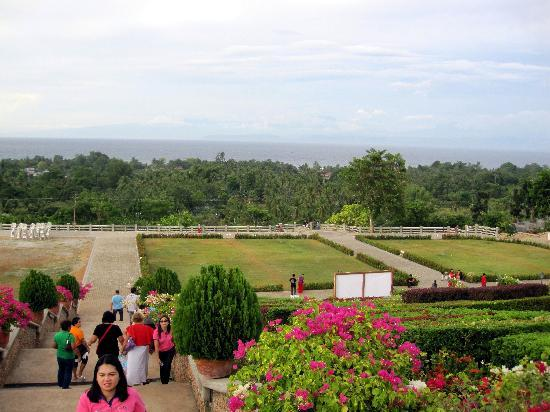 Statue of the Divine Mercy : The Divine Mercy grounds