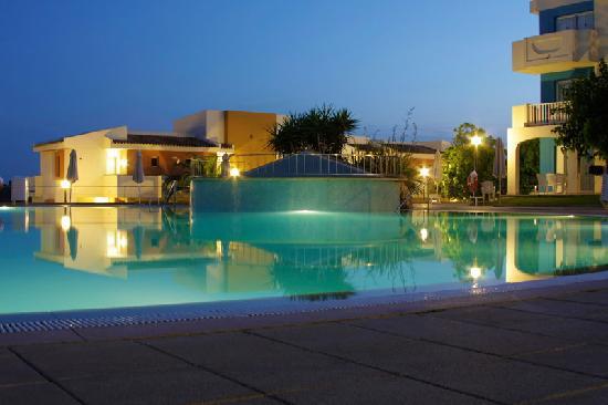 Pool 1 Bild Von Blau Punta Reina Resort Cala Mandia Tripadvisor