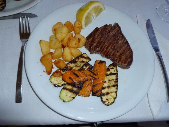 Corali restaurant : vorzügliches Essen