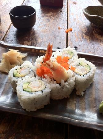 Opa Sushi : prawn tempura roll