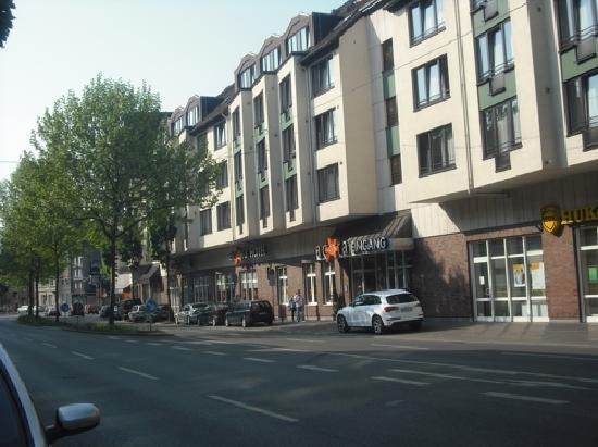 Acora Hotel Und Wohnen Bochum: Aussenansicht