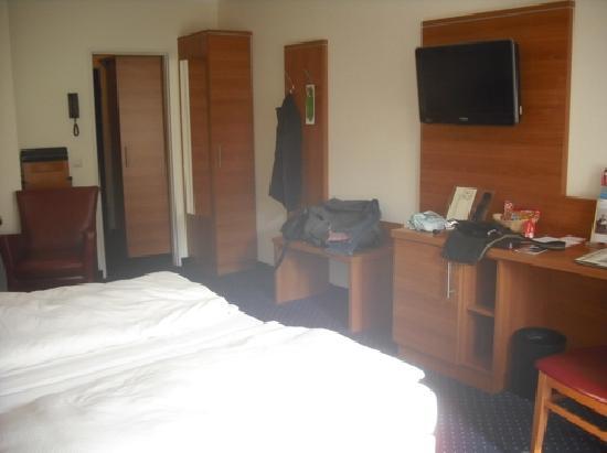 Acora Hotel Und Wohnen Bochum: Zimmer