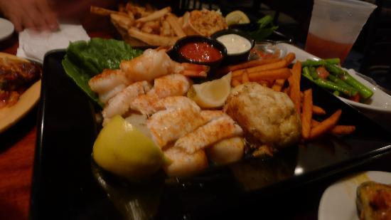 Cape May Fish Market: Seafood platter