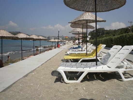 Kustur Club Holiday Village : plage