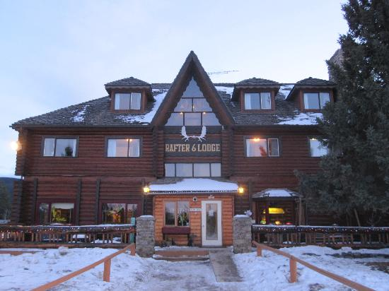 Rafter Six Ranch Resort : The Main Lodge