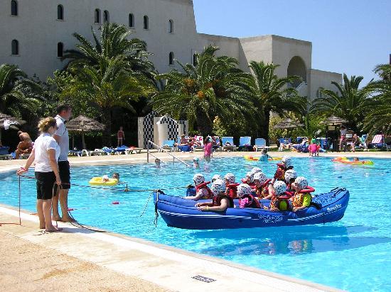 Hotel Manar: Kids club canoeing