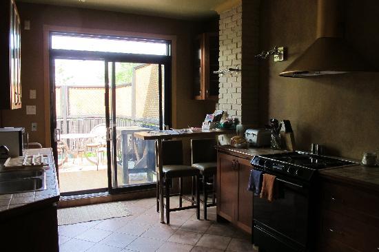 A la Carte Bed & Breakfast : Kitchen