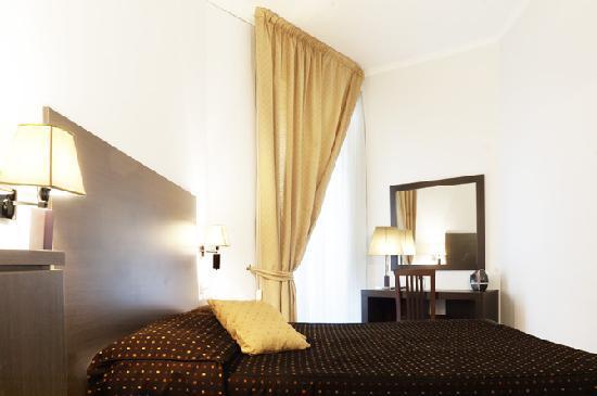 Roman Residence Inn: bagno