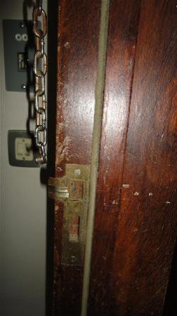 bedroom door lock picture of hotel barra ilhavo