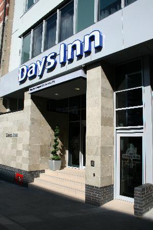 ‪‪Days Inn Liverpool City Centre‬: Entrance‬
