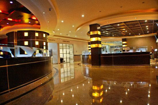 Hotel Ticuan: BUSINESS CTR, ALBAHACA RESTAURANT, LOBBY BAR