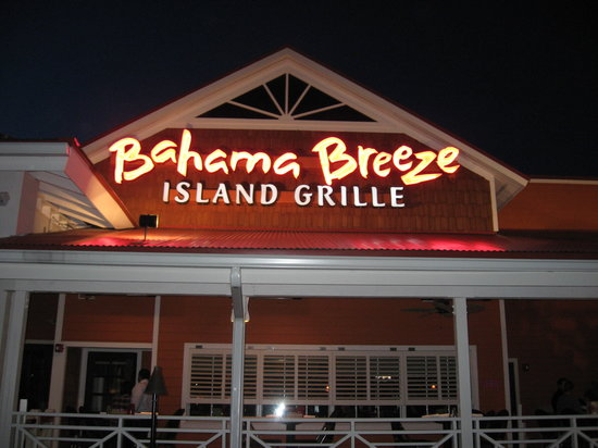 Bahama Breeze: Wayne location in the West Belt area