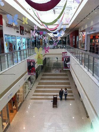 Dubai Outlet Mall: DOM 6