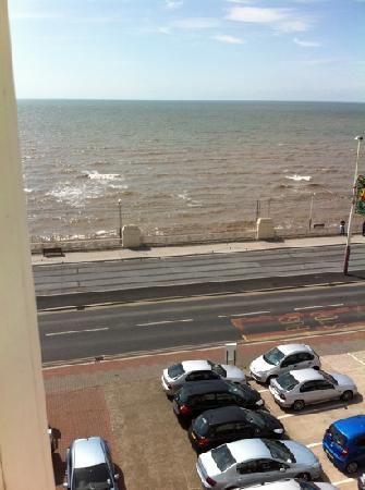 Blencarn Hotel: seaview from bedroom