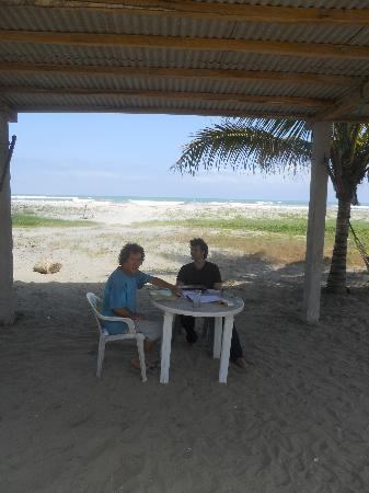 Sundown Beach Hotel: Fellow student during a private lesson