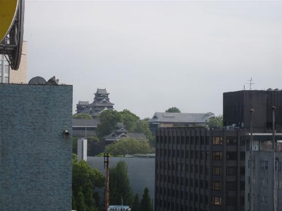Dormy Inn Kumamoto: 自分が泊まった部屋からは熊本城が見えた