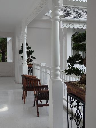 Ping Nakara Boutique Hotel & Spa: Upstairs common area