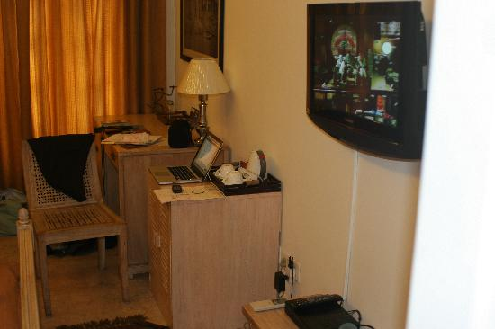 Colonel's Retreat: TV and desk