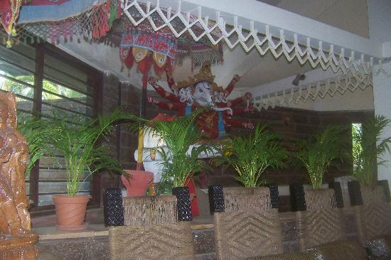 Toshali Sands: Ganesha Photo at receiption