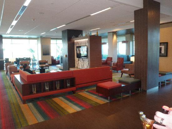 Residence Inn Long Beach Downtown: Lounge